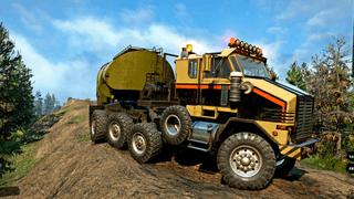 Oshkosh M1070 Prime Mover