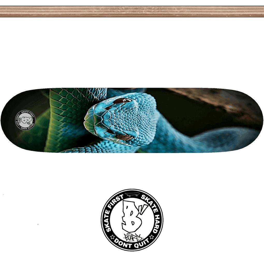 deck_animals_drop_snake.png